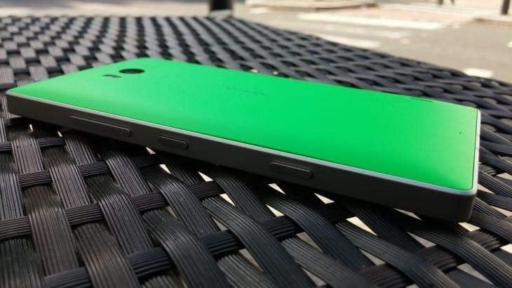 Lumia_930_rear-730x410