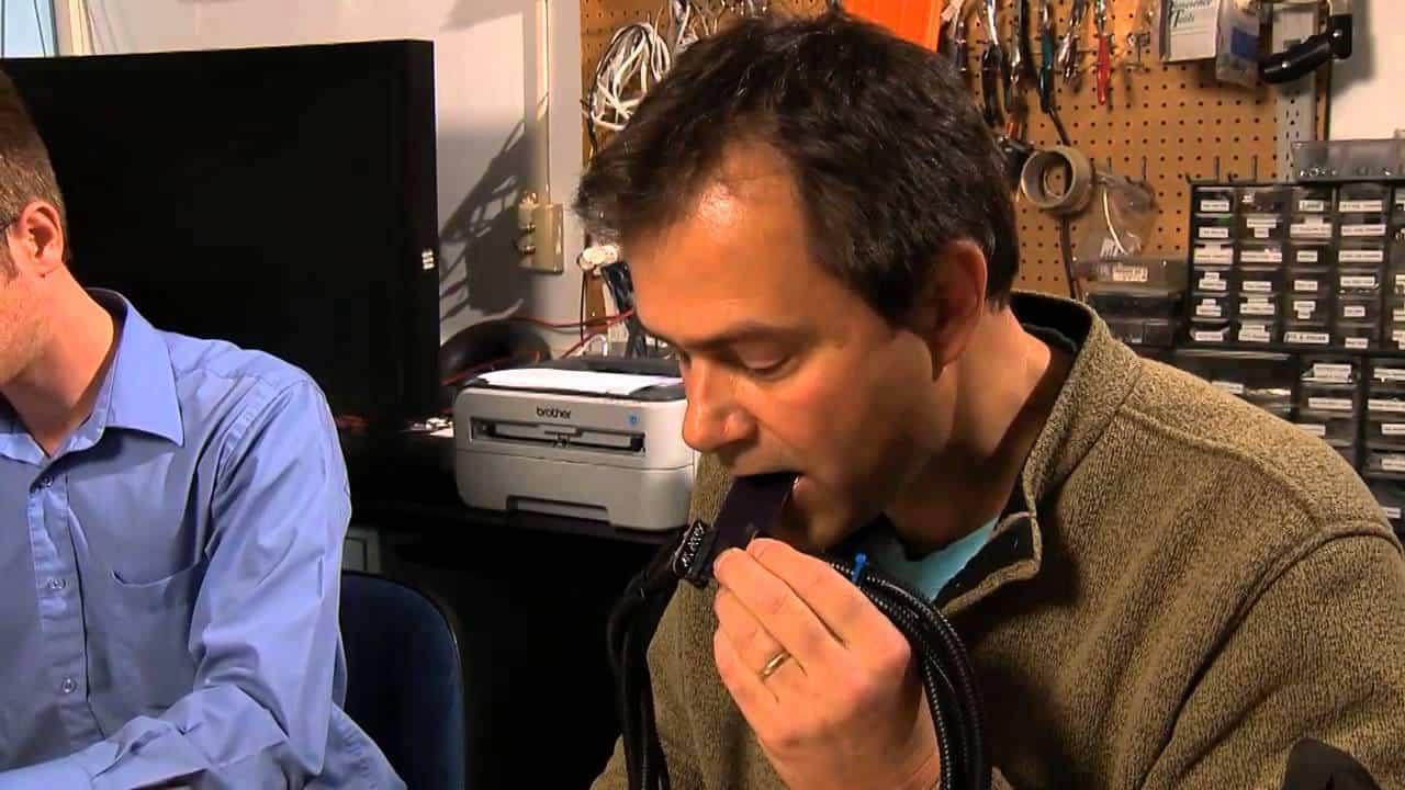 Prototip inedit pentru oamenii cu deficiențe de auz – vor putea auzi cu… limba!