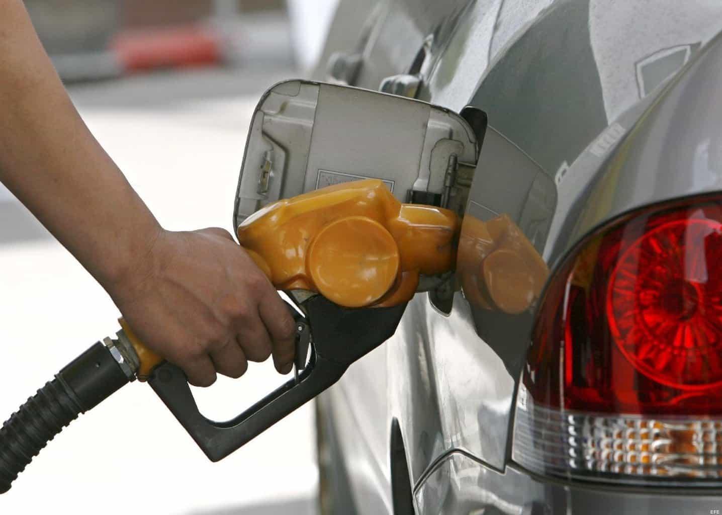 Cum să economisești benzină vara? Iată ce sunt sfătuiți să facă americanii!