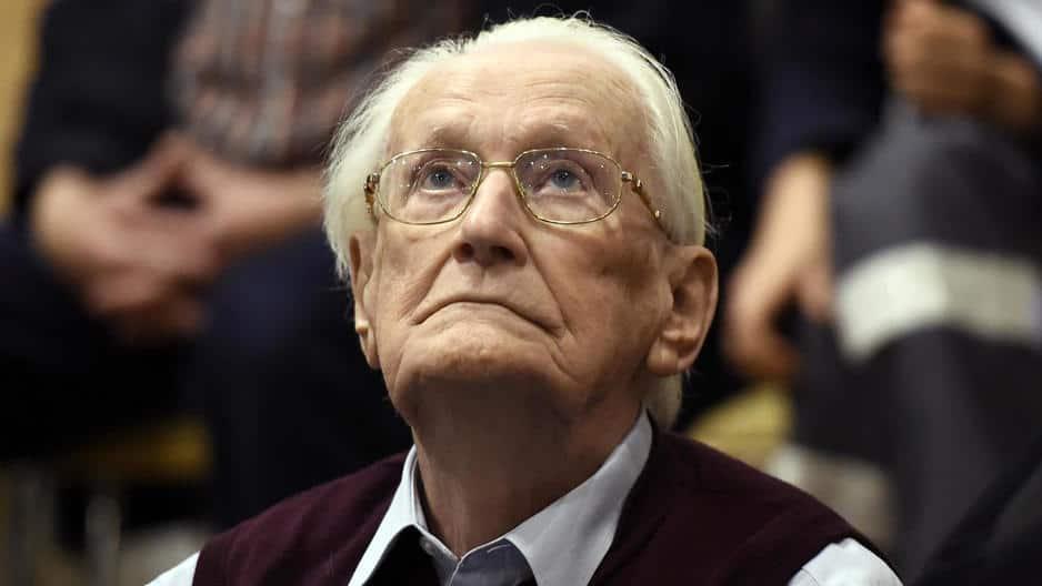 Femeie de 91 de ani acuzată pentru 260.000 de asasinate!