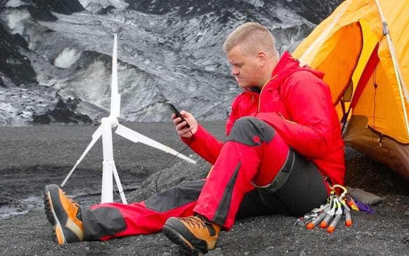 Cu turbina eoliană portabilă ai electricitate oriunde ești!